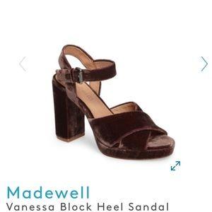 NIB Madewell Crisscross velvet platform sandal